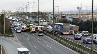 Anadolu Otoyolu'nda zincirleme kaza! Trafik kilitlendi