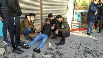 Besni'de kontrolden çıkan motosiklet kaza yaptı: 2 yaralı