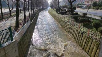 Orhangazi'de yağışlar, derelere cansuyu oldu