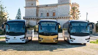 Anadolu Isuzu Visigo RHD aracı ile Malta'da