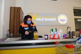 Gemlik Belediyesi Halk Market'ten faydalanan aile sayısı 350'yi geçti