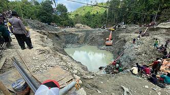 Ülke şokta... Altın madeninde heyelan: 5 ölü