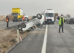 Kayseri'de otomobil takla attı: 3 yaralı