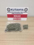 Çantasında uyuşturucu bulunan şüpheli gözaltına alındı