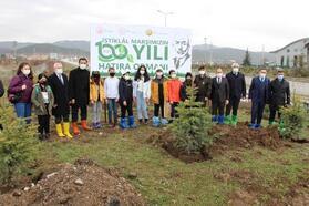 Bolu'da 480 fidan toprakla buluşturuldu