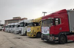 İdlib'teki kamplara gıda yardımı