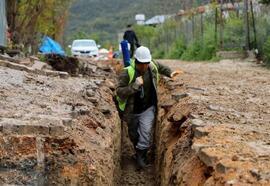 Döver'de içme suyu altyapısı yenileme çalışmaları sürüyor