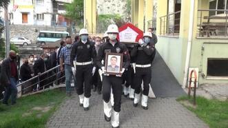 Kansere yenilen polis memuru toprağa verildi