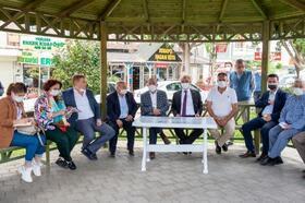 Başkan Akay muhtarlarla buluştu, vatandaşların taleplerini dinledi