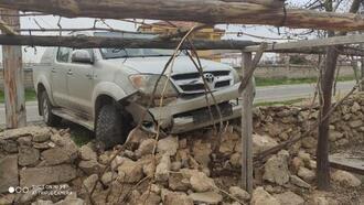 Sivas'ta traktör ile otomobil çarpıştı: 2 yaralı