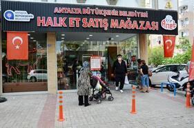Alanya Halk Et'te 1 yılda 63 ton et satıldı