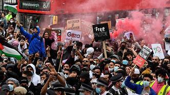 Son dakika... İsrail'in saldırıları Londra'da protesto edildi!