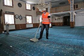 Sivas'ta camiler dezenfekte ediliyor