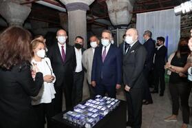Sultangazi Belediyesi, engelli bireyleri dijital sanat sergisiyle buluşturuyor