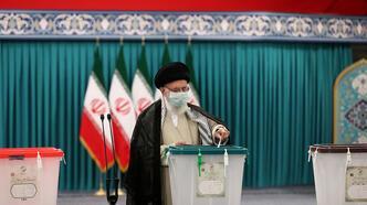 İran sandık başında! 'Seçilen' adaylar için oy veriliyor