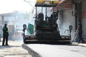 Konak Belediyesi Gıda Çarşısı'ndaki yolları düzenledi