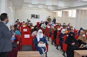 Kilis'te, 215 kursiyer sertifikalarını aldı