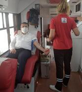 Kaymakam Çimşit'ten kan bağışı