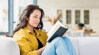 Okumaktan vazgeçmiyoruz