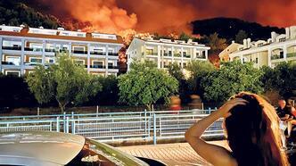 Otelde kalanlar tahliye edildi