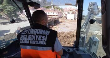 Zeytinburnu Belediyesi araç ve ekipleri Kastamonu'da
