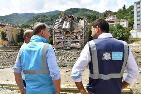 Beşiktaş Belediye Başkanı Akpolat Bozkurt'u ziyaret etti