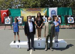 Eyüpsultan Yaz Spor Okulları'nda okçuluk turnuvası
