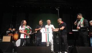 Feridun Düzağaç ve İrem Derici, Lüleburgaz yararına konser verdi