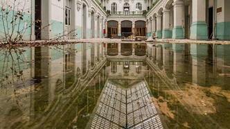 Sular altında kaldı! İnanılmaz görüntüler hayrete düşürdü