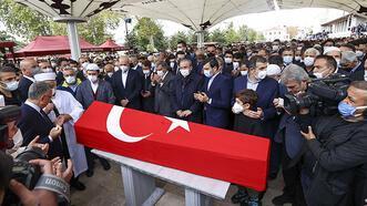Son dakika! Milli SİHA'ların öncü ismi Özdemir Bayraktar'a veda