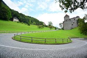 Bir saatte gezilebilen ülke Liechtenstein