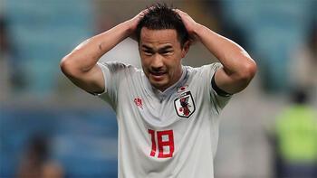 Malaga, Okazaki'nin sözleşmesini feshetti