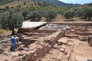 Antik kent Sardes'te büyük depremin izine rastlandı