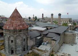 Türk tarihinin hazineleri: Kümbetler