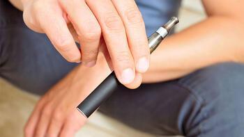 'Aromalı elektronik sigaralar' yasaklandı!