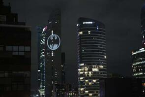 Meksiko'da Batman'e doğum günü kutlaması
