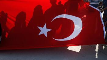 Reuters ve AP'nin objektifinden harekat