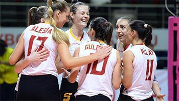 Galatasaray HDI Sigorta evinde set vermedi!