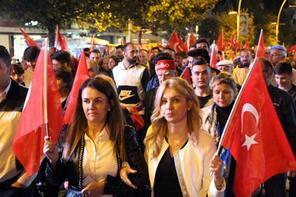 Barış Pınarı Harekatı'na destek için yürüdüler