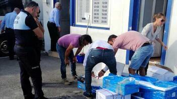 Otobüs yolcusunun bagajından 200 kilo deniz ürünü çıktı