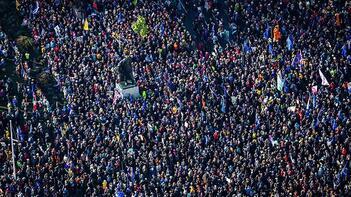 Dünyanın gözü buradaydı! Avrupa'nın göbeğinde tam 1 milyon kişi yürüdü