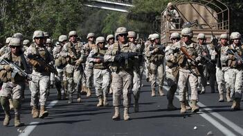 Ülke yanıyor ordu sokağa indi! Geri adım atıldı ama durmak bilmiyorlar...