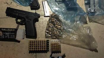 Silah kaçakçılık şebekesinden kriminal polisler çıktı