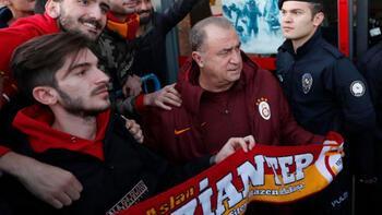 Galatasaray'a Gaziantep'te coşkulu karşılama!