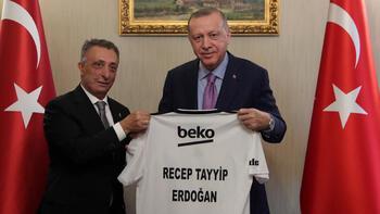 Cumhurbaşkanı Erdoğan, Beşiktaş Kulübü Yönetim Kurulu'nu kabul etti