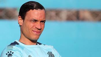 Espanyol, Raul de Tomas'ı renklerine kattı