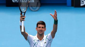Son şampiyon Djokovic çeyrek finalde