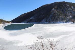 Borabay Gölü buz tuttu