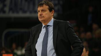 """Ergin Ataman: """"Avrupa'da son yılların en iyi basketbolunu oynuyoruz"""""""