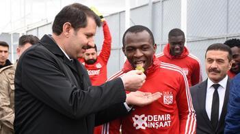Sivasspor'da Galatasaray maçının mesaisi sürüyor